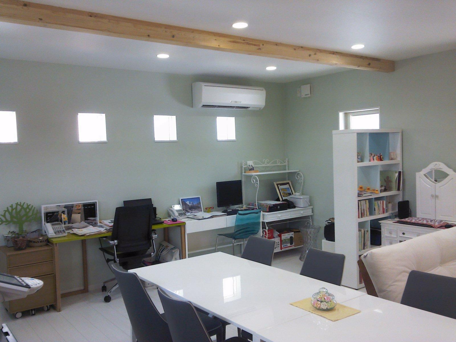 2F事務スペース